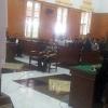 Hakim Usir Seorang Pengunjung Sidang Ramadhan Pohan